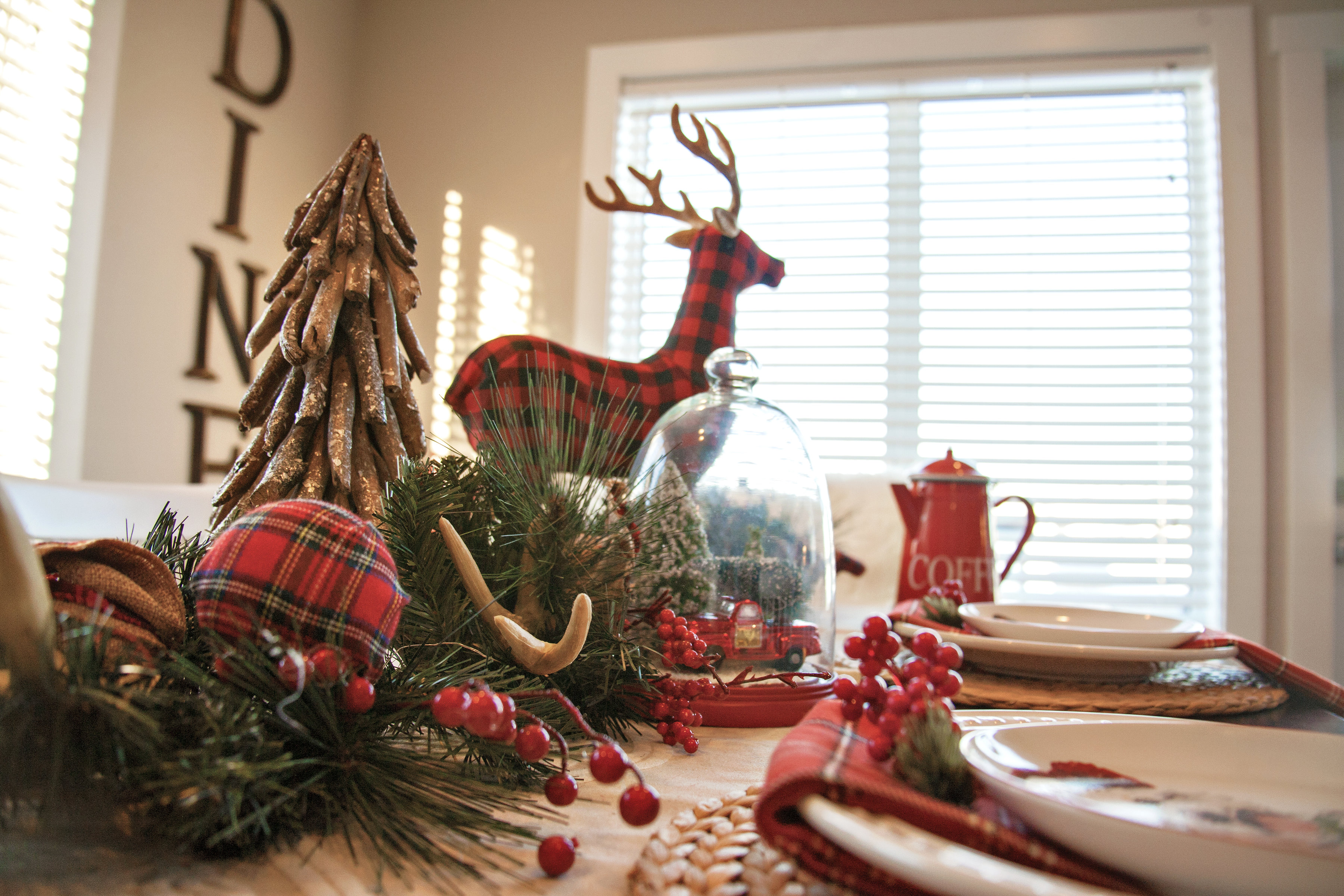 Our Christmas Home Tour & Our Christmas Home Tour - Spruce Homes